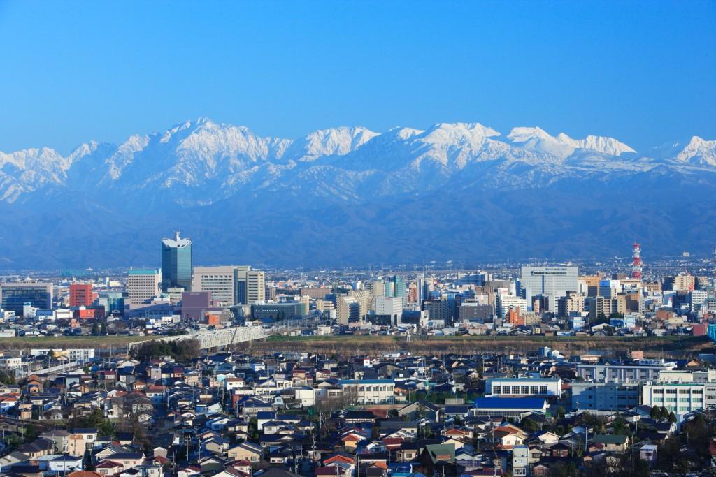 呉羽山からの立山連峰